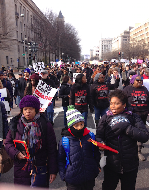 After listening to speakers such as civil rights leader Al Sharpton, over 10,000 protesters marched to the Washington Capitol.