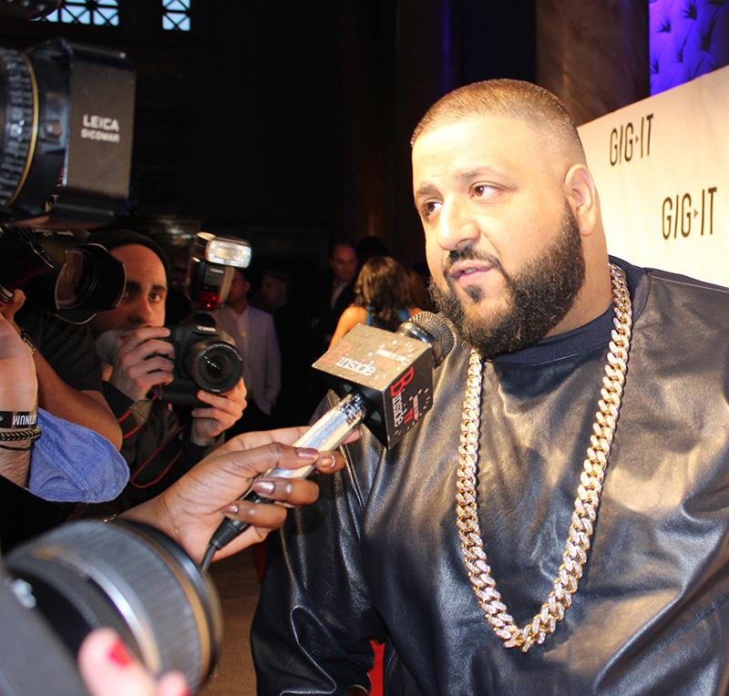 DJ+Khaled+inspires+world%2C+one+Snapchat+at+a+time