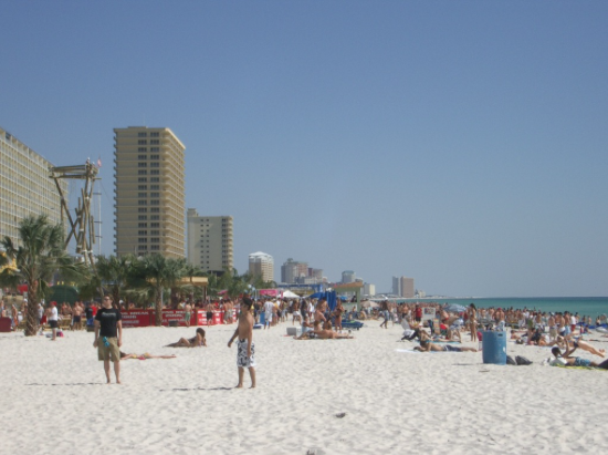 The largest night club in the USA is located in Panama City beach