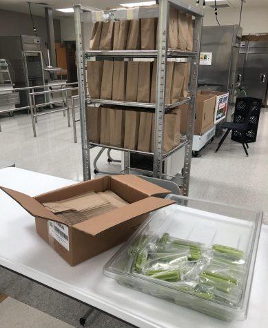 DHS Administration Establishes Teacher Salad Bar